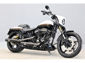 FXSE CVO PROSTREETBREAKOUT/ハーレーダビッドソン 1800cc 埼玉県 MIDWAY CITORE ハーレー館