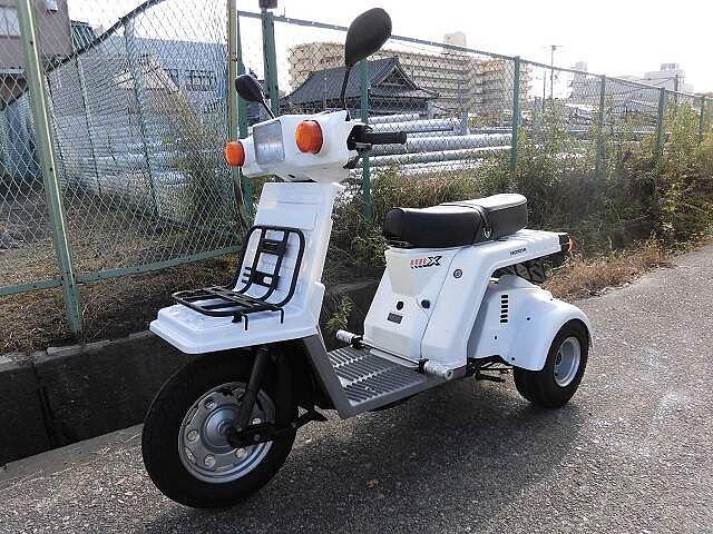 ジャイロX 軽二輪トライク二人乗り登録車
