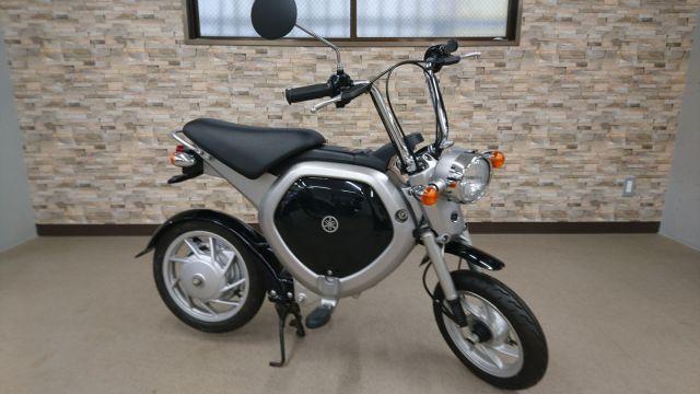 EC02 電動スクーター
