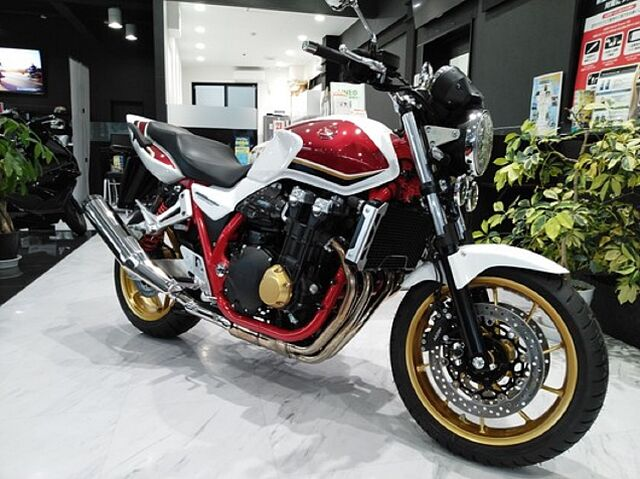 CB1300スーパーフォア NEWモデル展示中! HondaDream東海 TEL0562-85-1…