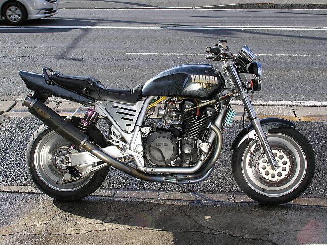 XJR1200 エンジンだけでも121万もかかってます!!TuneUp後の走行少 当時の製作費¥40…