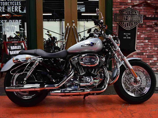 XL1200CA SPORTSTER LIMITED XL1200C F 1枚目XL1200C F