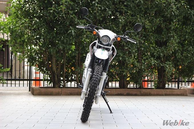 ヤマハ 新型セロー2018年モデル正面