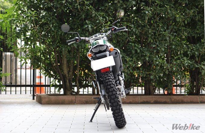 ヤマハ 新型セロー2018年モデル背面