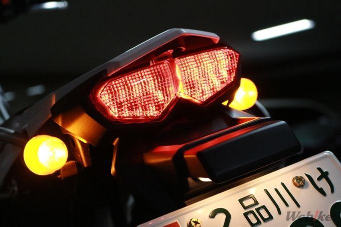 ヤマハ 新型セロー2018年モデルテールライトのブレーキを握っていない状態