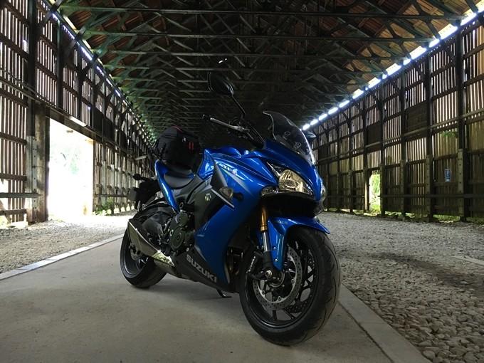 サーキット走行からツーリングまで、1台でマルチに楽しめる!『GSX-S1000F』【ウェビックスタッフの勝手に語りたい】