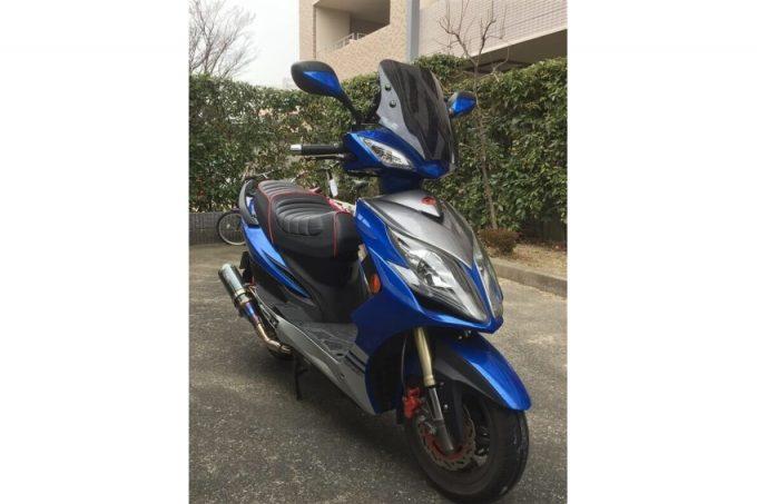 """【Racing King 180Fi レビュー】ノーマルでも速い、台湾のスポーツスクーター  """"ウェビックユーザーの「愛車を語ろう!」"""""""